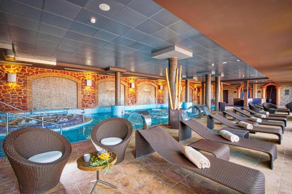 Hotel La Caminera Club de Campo 8